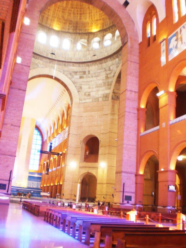 Basílica do Santuário Nacional de Nossa Senhora Aparecida (Foto: Mathe