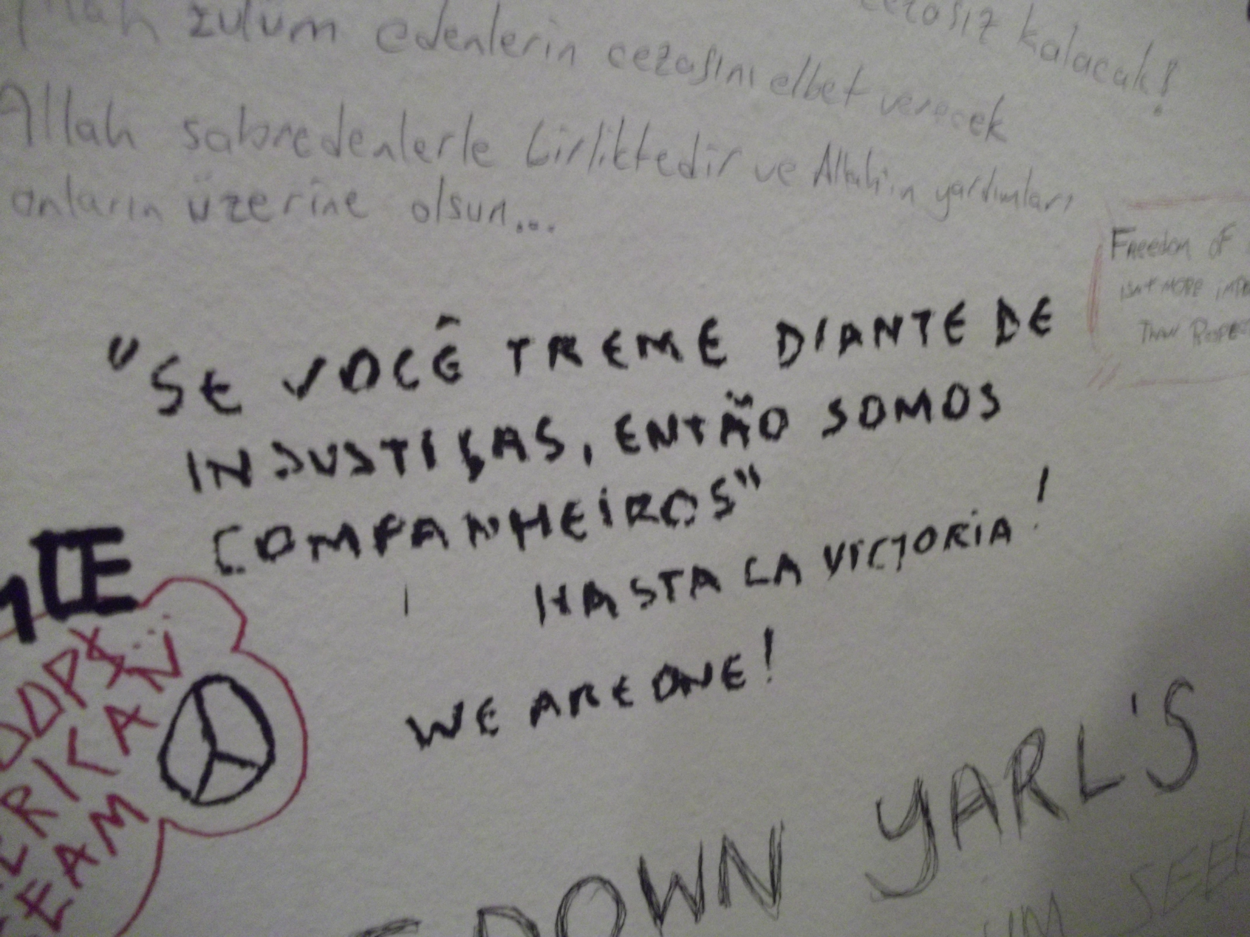 """Exposição """"Disobedient Objects"""" no museu Victoria and Albert, em Londres (Foto: Luiz Renato Ferreira Gonçalves)"""
